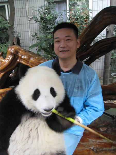 来源:成都大熊猫繁育研究基地 文/杨菲菲 图/卿娟 分享到